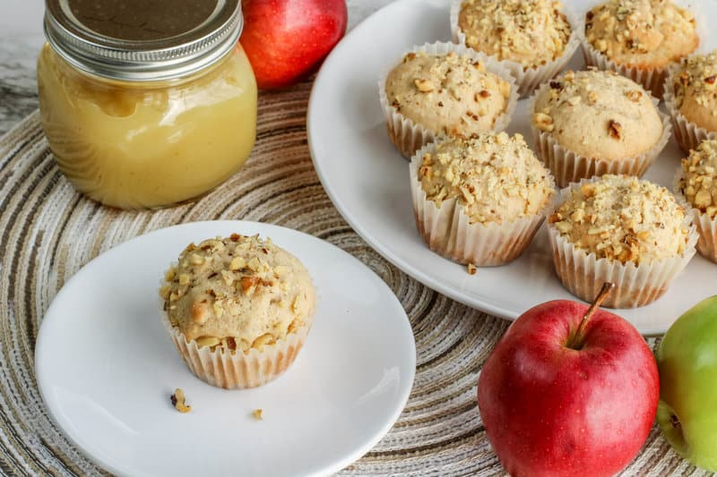 muffin applesauce and apples on a table