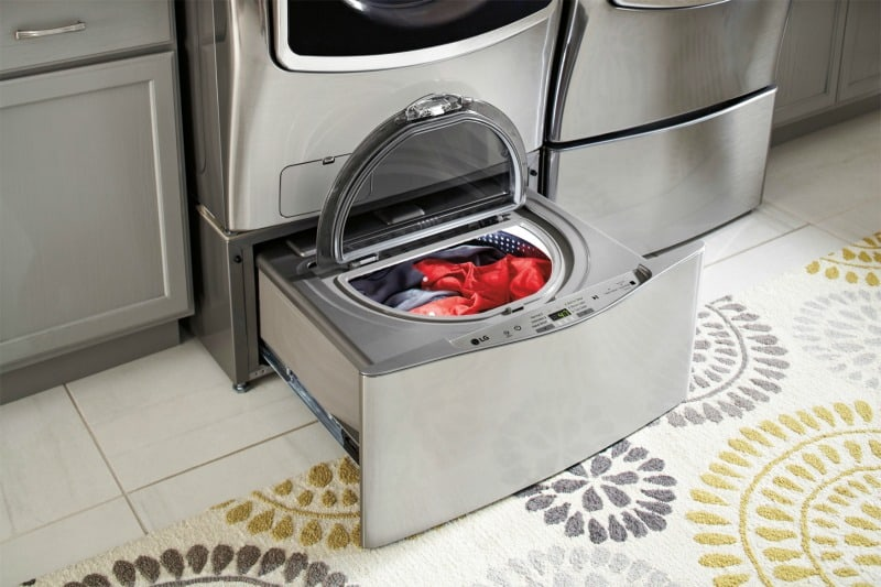 5 Important Benefits of a Front Load Laundry Center